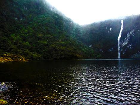 La laguna encantada de Tamborcocha